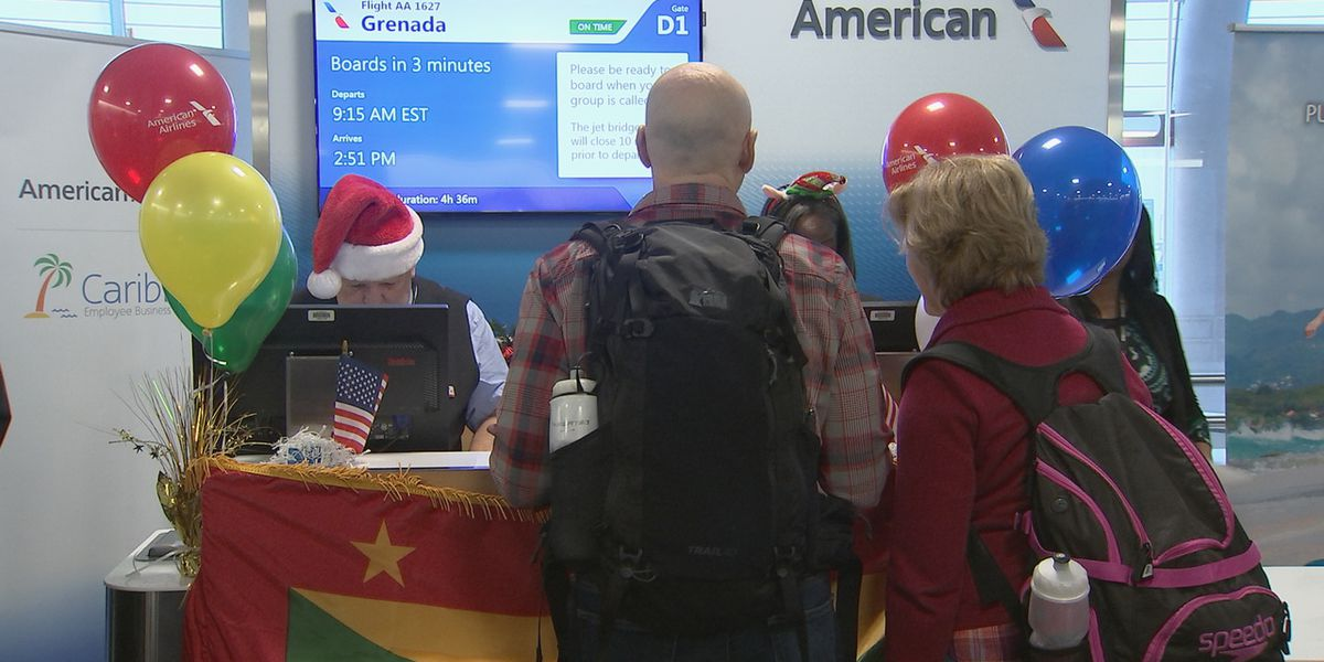 New American Airlines Flight Departs From Charlotte To